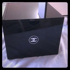 Chanel makeup/ jewelry box